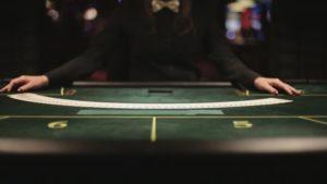 Virtual Casino Games Vs Live Dealer Casino