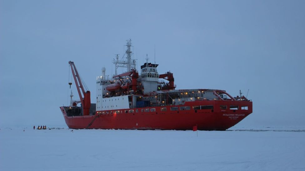 SPICA Ships Navigate Through Ice